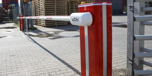 installazione-assistenza-tecnica-barriere-stradali-e-dissuasori-retrattili-treviso-padova-venezia-vicenza-verona-trento-rovigo-pordenone-udine-01