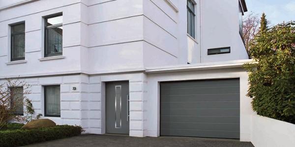 installazione-assistenza-tecnica-porte-garage-portoni-sezionali-portoni-basculanti-04