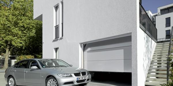 installazione-assistenza-tecnica-porte-garage-portoni-sezionali-portoni-basculanti-09