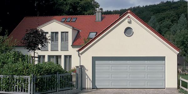installazione-assistenza-tecnica-porte-garage-portoni-sezionali-portoni-basculanti-10