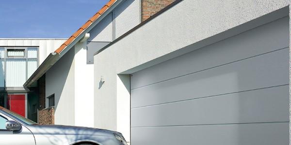 installazione-assistenza-tecnica-porte-garage-portoni-sezionali-portoni-basculanti-12