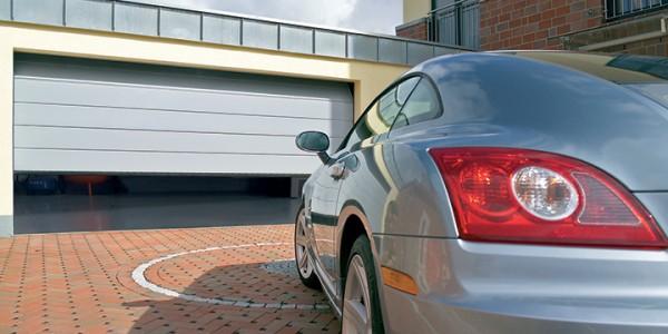 installazione-assistenza-tecnica-porte-garage-portoni-sezionali-portoni-basculanti-13