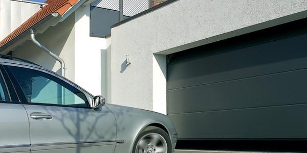 installazione-assistenza-tecnica-porte-garage-portoni-sezionali-portoni-basculanti-14